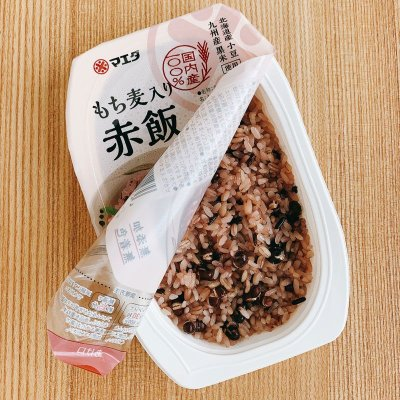 画像1: もち麦入り赤飯150g  北海道産小豆、九州産黒米使用。無添加、無着色。